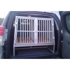 Автобокс в Лэнд-Крузер Прадо для охотничьих собак