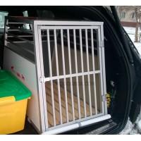 Клетка в Мерседес GLE для одной собаки
